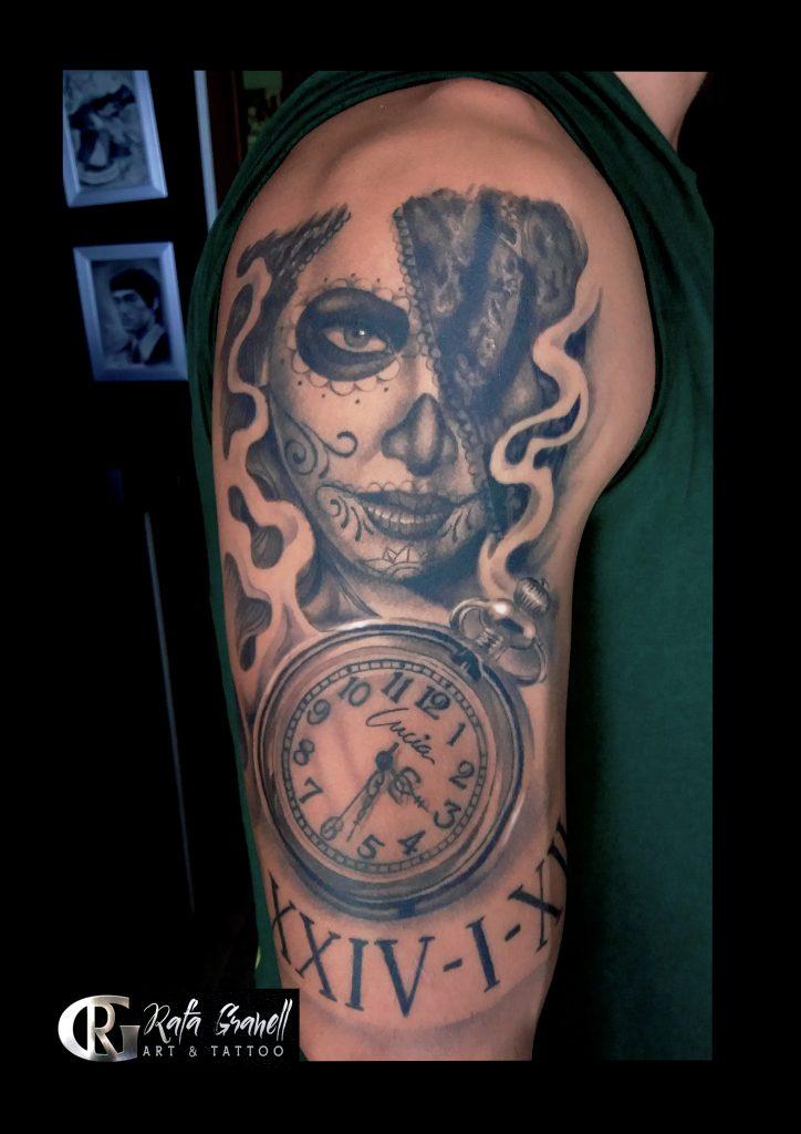 chica#catrina#reloj#catrinas#chicanas#chicas#relojes#numeros#romanos#tatuajes#valencia#realismo#realistas#blanco#negro#tatuaje#realista#brazo#hombro#hombres#chicos#santa#muerte#rafa#granell#rgtattoo#tatuador#valenciano#español#mejores#tattoos#valencia#