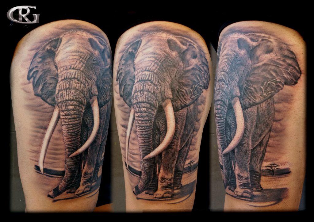 tatuajes#animales#elefantes#tattoo#elefante#pierna#realistas#realismo#realista#blanco#negro#valencia#tatuador#valenciano#español#rafa#granell#rgtattoo#