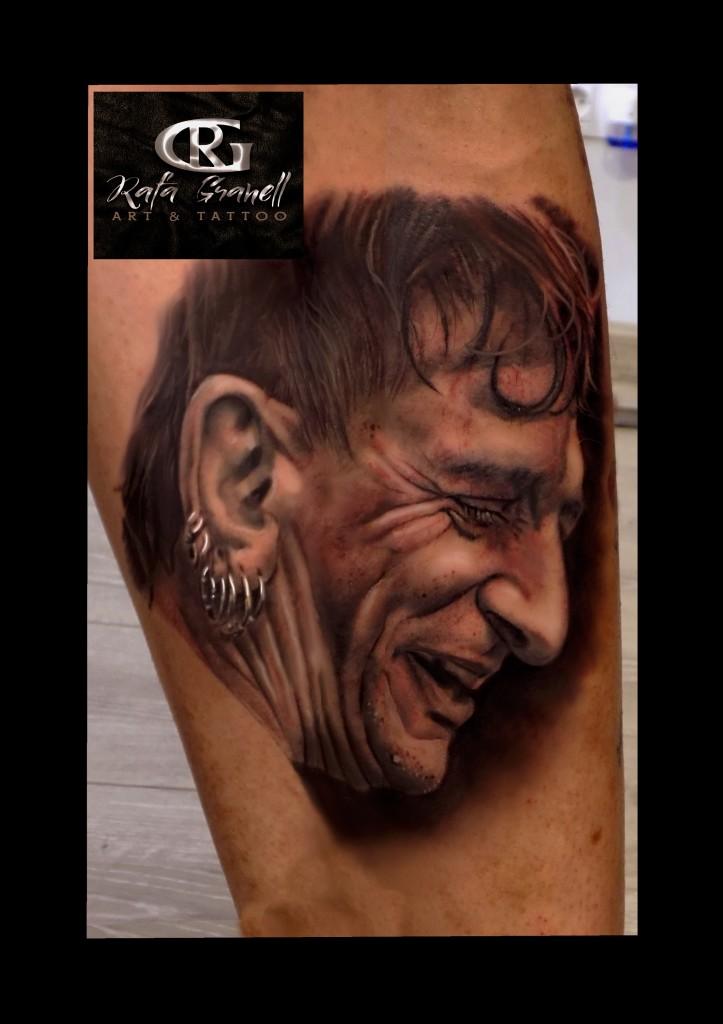 evaristo#paramos#polla#records#tatuajes#valencia#retratos#realismo#realistas#tattoos#blanco y negro#tatuador#valenciano#rgtattoo#rafa#granell