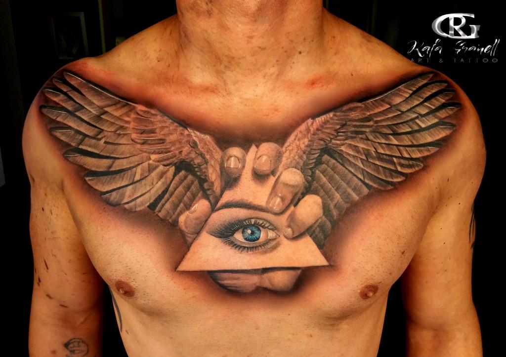 alas#ojos#manos#iluminati#tattoos#tattoo#tatuajes#realistas#tatuaje#realista#3d#tatuadores#españoles#valencianos#tatuador#valenciano#realismo#rgtattoo#rafa#granell#la torre#mejores#pecho#