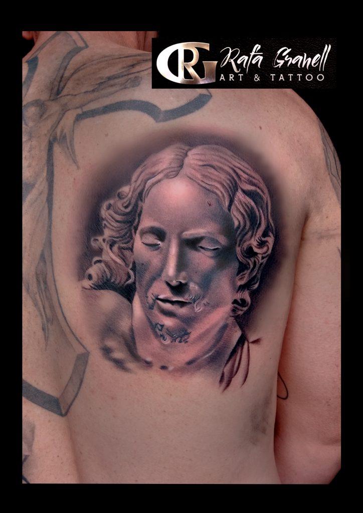 tatuajes#esculturas#estatuas#tattoo#escultura#famosa#mundo#vaticano#miguel#angel#miguelangello#piedad#cristo#pieta#tatuajes#realistas#realismo#blanco#negro#mejores#tatuadores#valencia#españa#tatuador#valenciano#españa#roma#rafa#granell#rgtattoo#