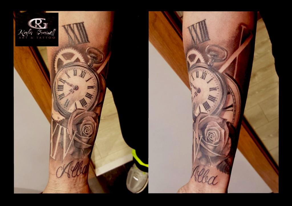 reloj#tattoo#realista#realismo#blanco y negro#rosa#fecha nacimiento#rafagranelltattoo#tatuador valenciano#
